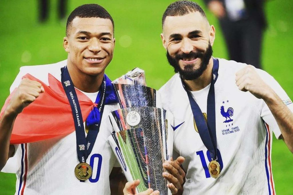 mbappe and benzema celebrating